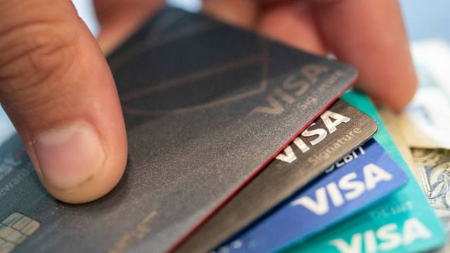 Visa weaves into Open Banking with the acqusition fintech startup Plaid featured image