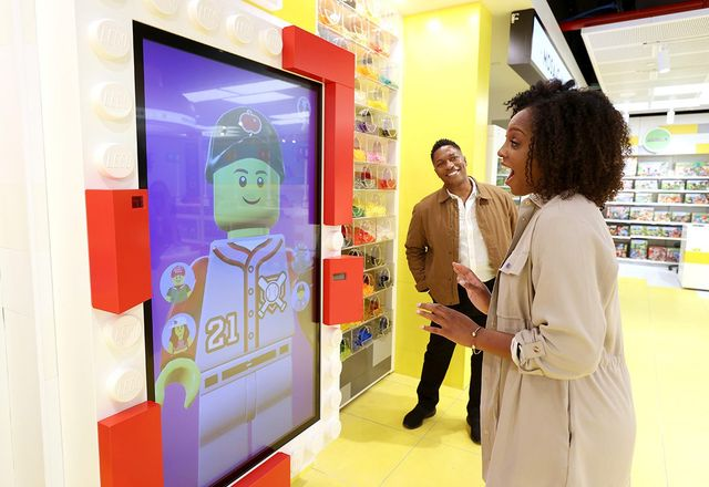 The Brick-and-Mortar Brand - How will landlords and tenants experience experiential retail? featured image