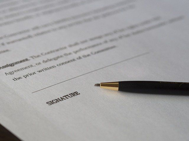 Electronic Signatures – Are they a safe way to execute contracts? featured image