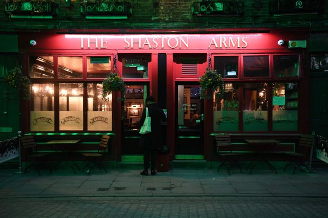 Planning rules relaxed for pubs, restaurants and cafés featured image