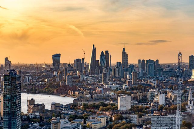 Suspense in Trading in London Real Estate featured image