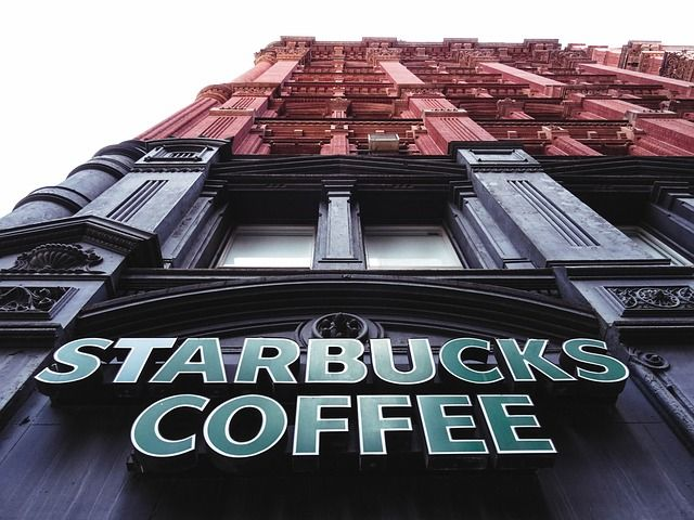 Local Starbucks Employees' Unionization Effort Draws National Attention featured image