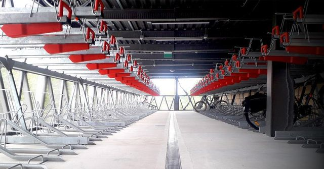 Transporting us into a Net Zero future: are cycle hubs the answer? featured image