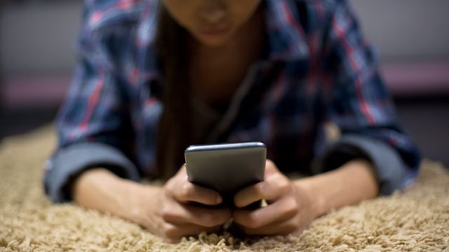 Mandated Reporter: Sexting Laws featured image