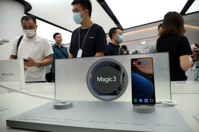 Honor overtakes Xiaomi, Apple as 3rd-largest smartphone producer featured image