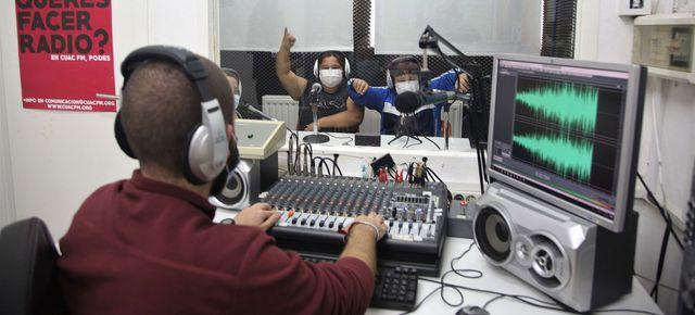 Radio Abierta de Sevilla, una radio comunitaria, educativa y… divertida featured image