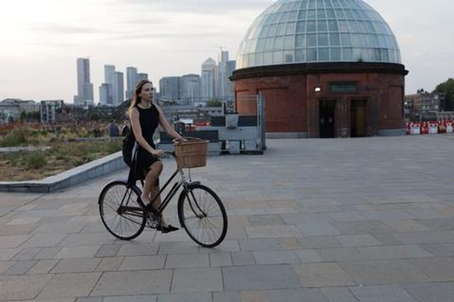 Eco-conscious Luxury Clothing Brand Bibo Launches Capsule Summer Collection for Women Who Cycle and Walk featured image