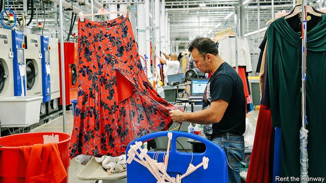 Study: Fashion 'Renting' Causes More Emissions Than Throwing Clothes Away featured image