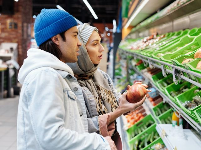 50% Shoppers Think About Sustainability When They Buy Food, Poll Shows featured image