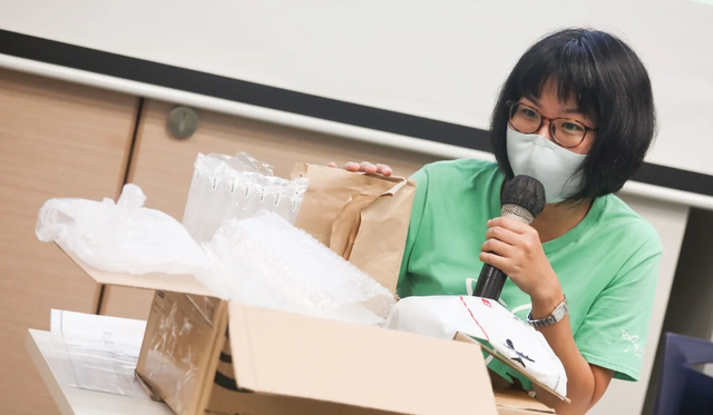 780 million pieces of plastic packaging used for Hong Kong online shopping orders in 2020; green group urges regulation of issue featured image