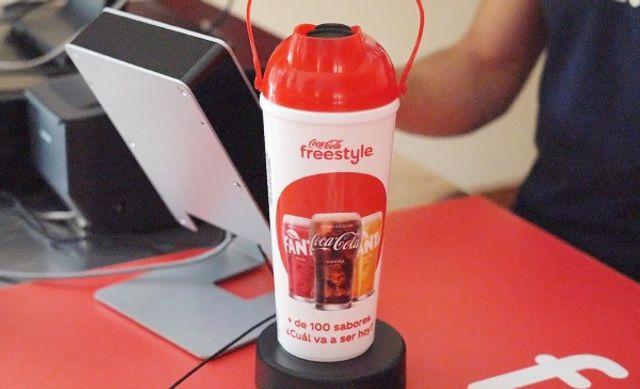 Coca-Cola lanza un sistema de dispensado de bebidas que minimiza la generación de residuos featured image