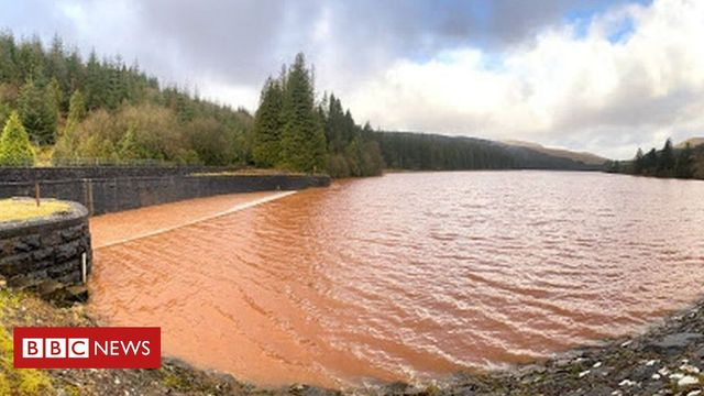 Brecon Beacons landslips rise 'a clear climate change warning' featured image