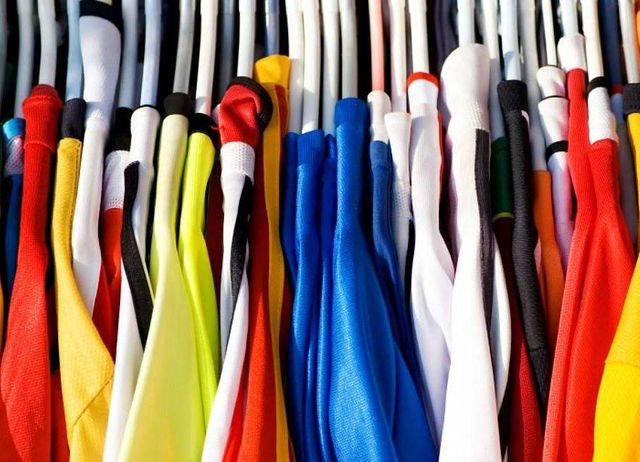 Oltre la filiera corta per produrre capi di abbigliamento sostenibili featured image