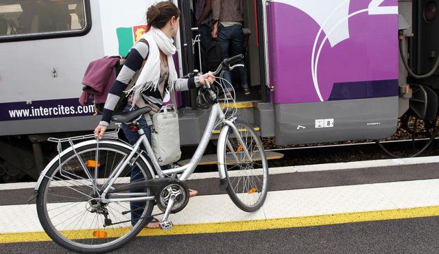 Innovation en Normandie : le Car Nomad Hydrogène pour un nouveau mode de transport urbain zéro émission! featured image