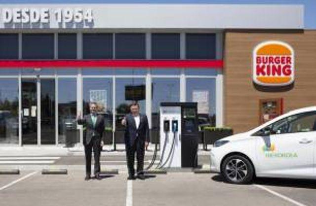 Iberdrola Instalará 400 puntos de carga de vehículos eléctricos en restaurantes del Grupo RB Iberia featured image