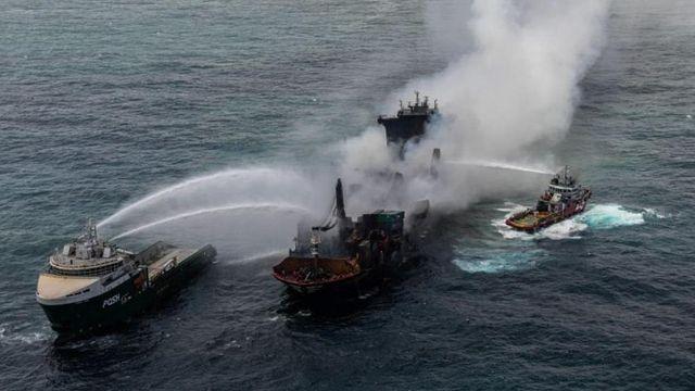 Un carguero químico se hunde frente a Sri Lanka y contamina sus aguas pesqueras featured image