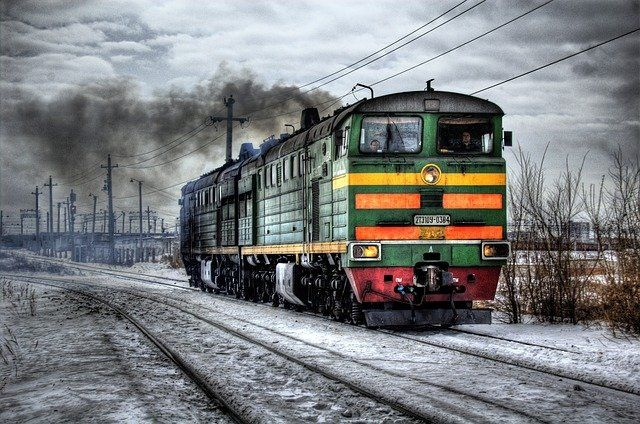 Transporte motorizado: tren, avión, transporte por carretera o barco, ¿cuál es el más ecológico? featured image