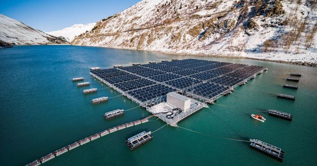 World's first high-altitude floating solar farm – in the Swiss Alps featured image