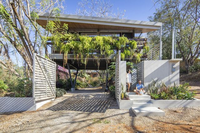 Sustainable modern house featured image