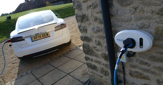 England will be first country to require new homes to include EV chargers featured image