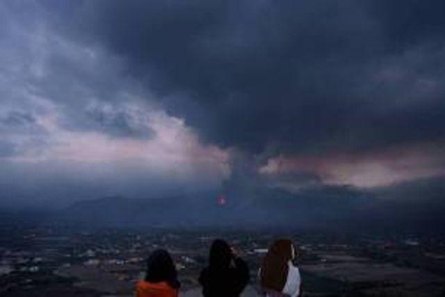Los gases del volcán no afectarán la calidad del aire peninsular featured image