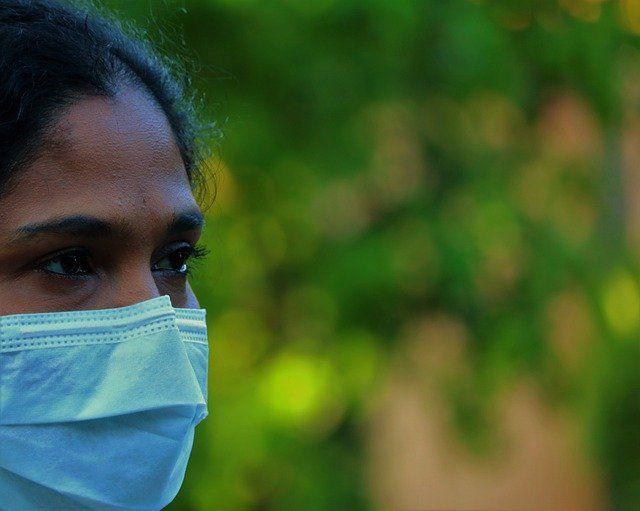 Una profesora, cuatro alumnas y un reto: que la vacuna contra la covid llegue a toda África featured image