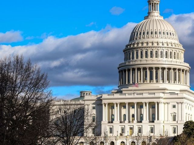 New bill seeks to resolve DOL about-face on ESG investing for retirement plans featured image