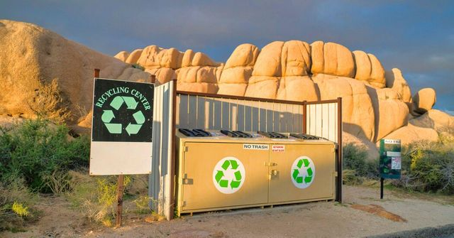 New California laws aim at plastics recycling and greenwashing featured image