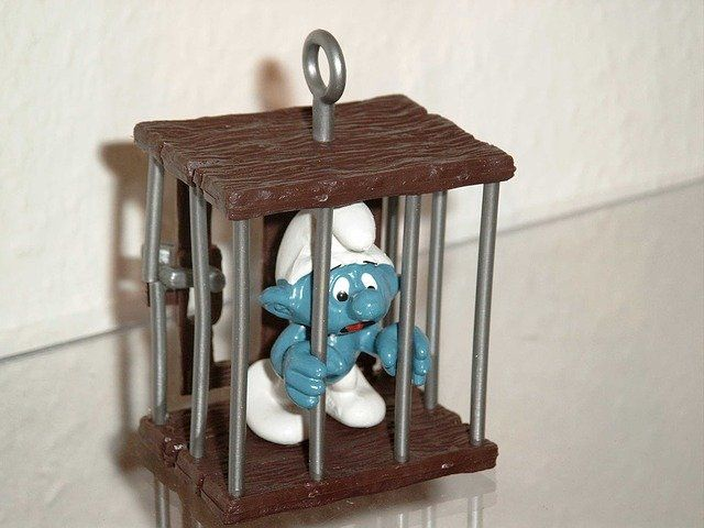 Money mules, smurfs and organised crime featured image