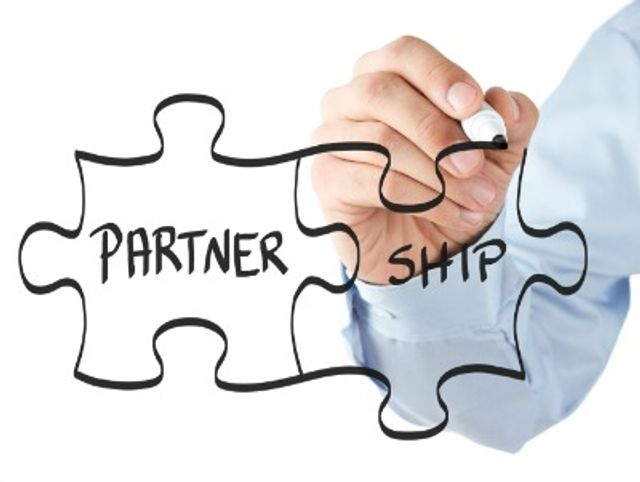 Fintech-incumbent partnerships are becoming more and more prevalent featured image