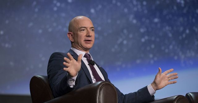 Amazon plans broadband from space with a constellation of over 3,000 satellites featured image