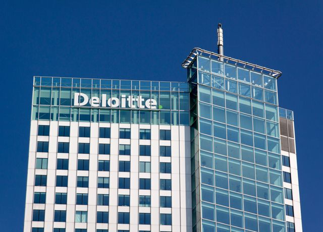 Deloitte entering the UK legal market featured image