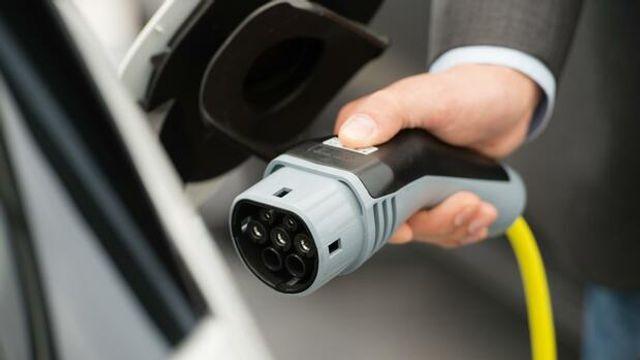 Volkswagen und Northvolt bauen gemeinsame Batterieproduktion auf featured image