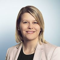Harriet Hanks, Senior Associate, Freshfields Bruckhaus Deringer