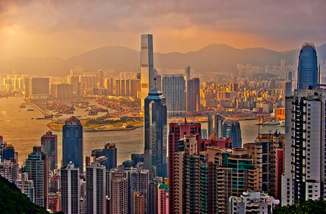 Hong Kong Banks adopt blockchain for mortgage valuation system featured image