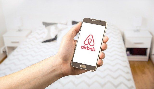 """Airbnb is only an online platform"" says Europe's top court featured image"