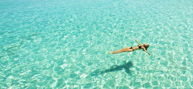 9 Things Highly Effective People Do After They've Been On Holiday featured image
