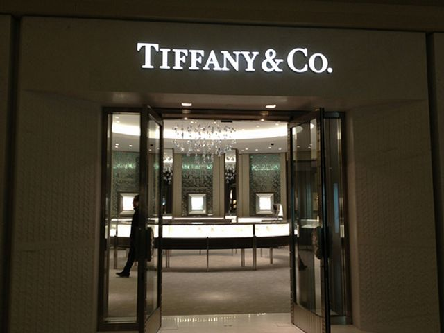 Costco doubles down and loses spectacularly in TIFFANY infringement case featured image