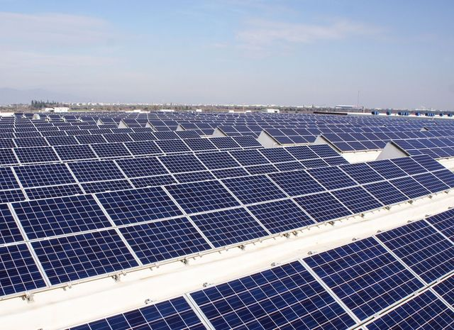 Why The Commercial Solar Market Needs Shorter-Term Loans featured image