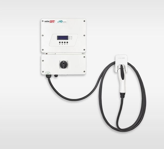 SolarEdge unveils inverter-integrated EV charger featured image