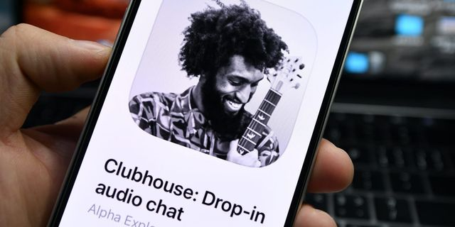 Clubhouse partners with Stripe to let you send money directly to creators by tapping on their profile featured image
