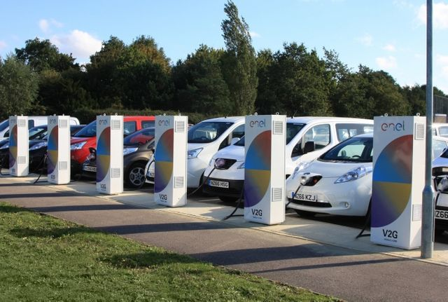 UK Electric Vehicle to Grid Projects (V2G) Receive £30 million boost from the government featured image