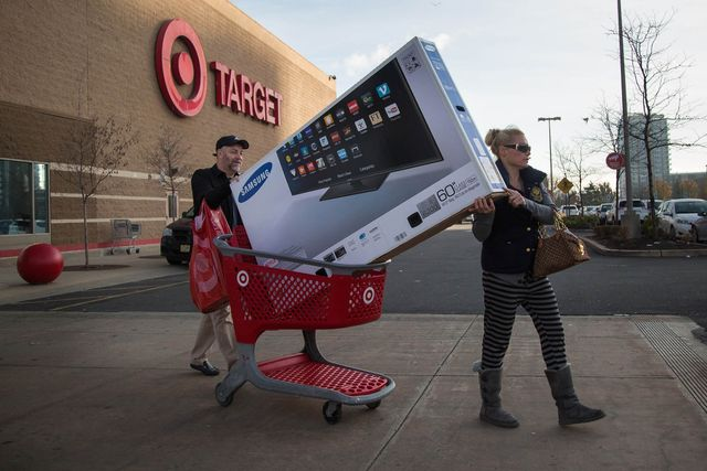 Clicks Defeat Bricks During U.S. Retailers' Black Friday Weekend featured image
