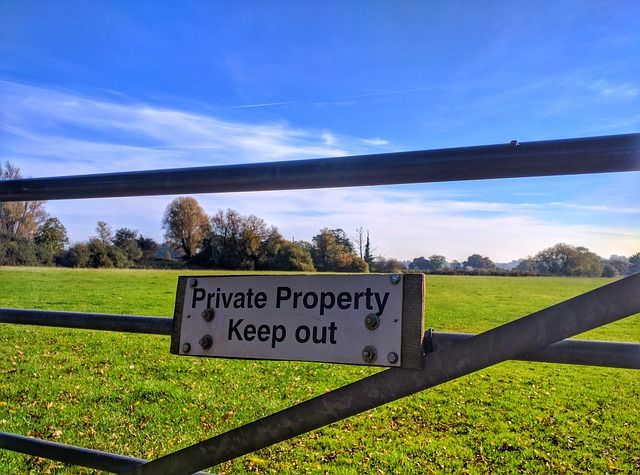 High Court ruling on display of landowner signage defeats Town and Village Green status featured image