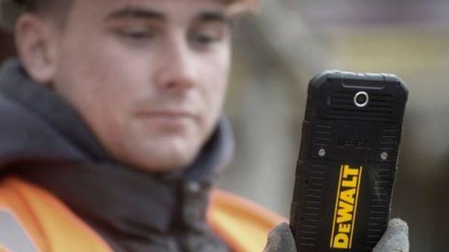 Dewalt enters smartphone market featured image