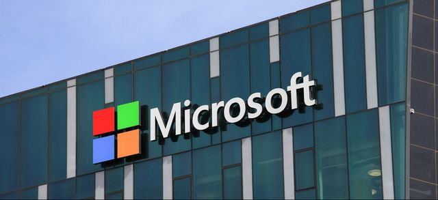 Microsoft Surpasses Apple to Become the Most Valuable US Company featured image