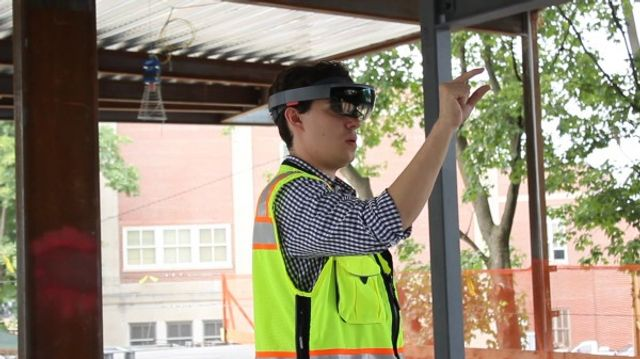Augmented Reality Speeds Up Construction Projects featured image