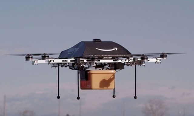 After frustration with US regulators Amazon tests drones in Canada featured image