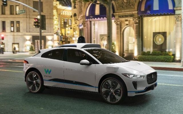Autonomous cars: three big issues to think about featured image