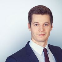 Maximilian Hohenauer, Associate, Freshfields Bruckhaus Deringer